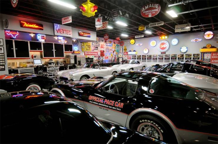 Worlds Most Beautiful Garages33 The Fast Amp The Famous